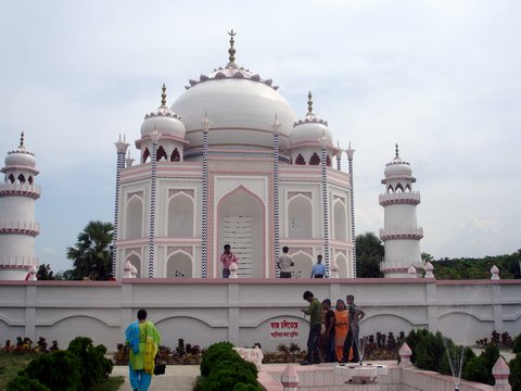 Bangladesh Gets Its Own Taj Mahal