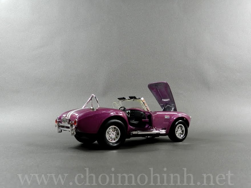 Shelby Cobra 1965 1:32 door