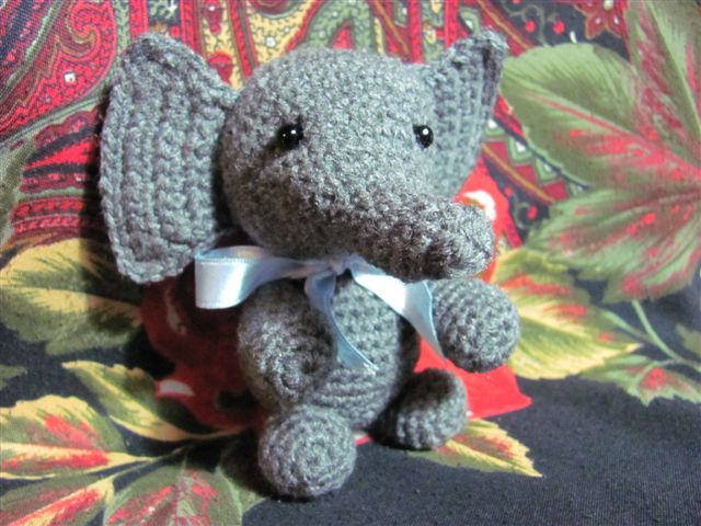 Amigurumis Amorosos: Elefante bebé = Feria Amigurumi, más amigurumis ...