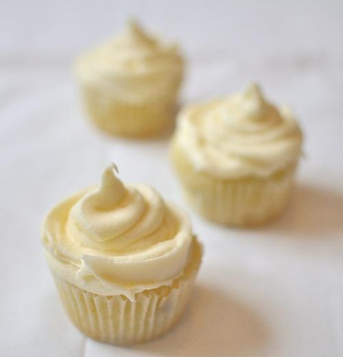 Lemon, Blueberry & Coconut Cupcakes