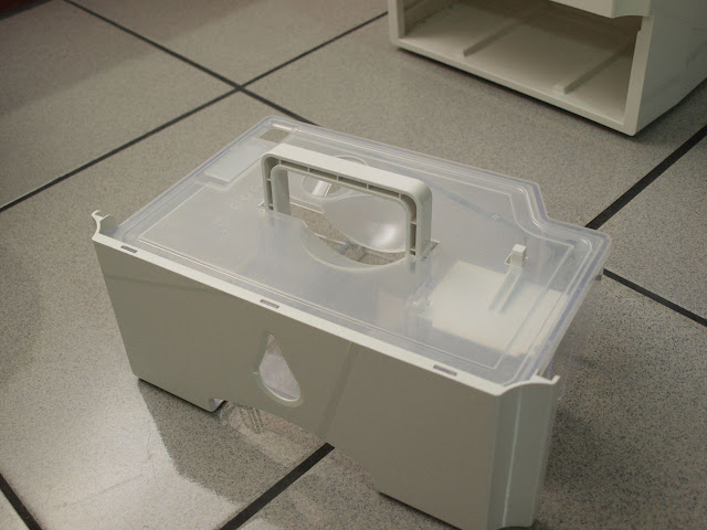 3M 除濕輪式空氣清淨除濕機 儲水槽