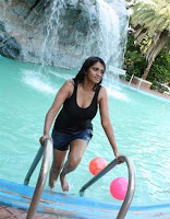 actress Bhuvaneswari swimming pool