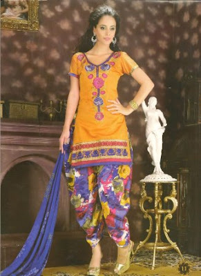 Designer-Kurti-For-Girls