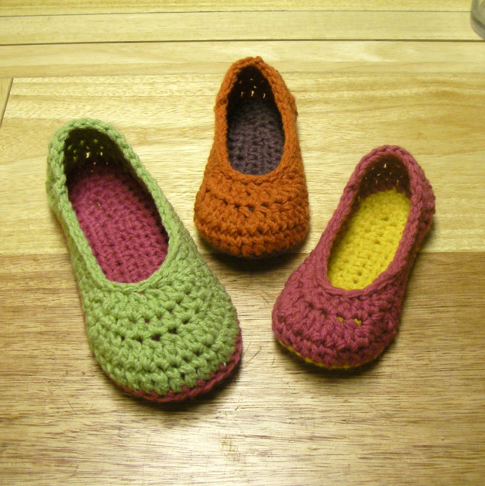 Crochet Slippers : ... has been moved to MAMACHEE.COM: Crocheting and more crocheting
