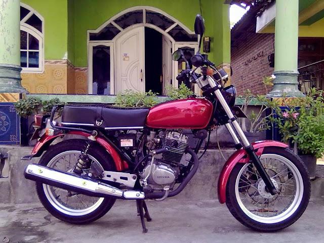 Foto Modifikasi Honda GL 100 K 82 Merah