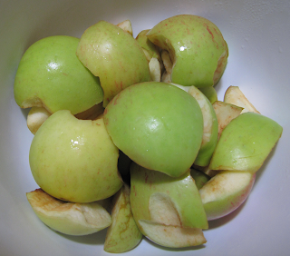 Bowl of Cut-up Apples