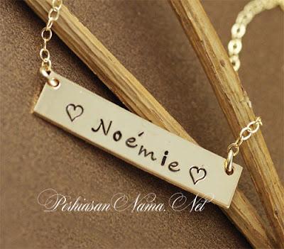 kalung nama