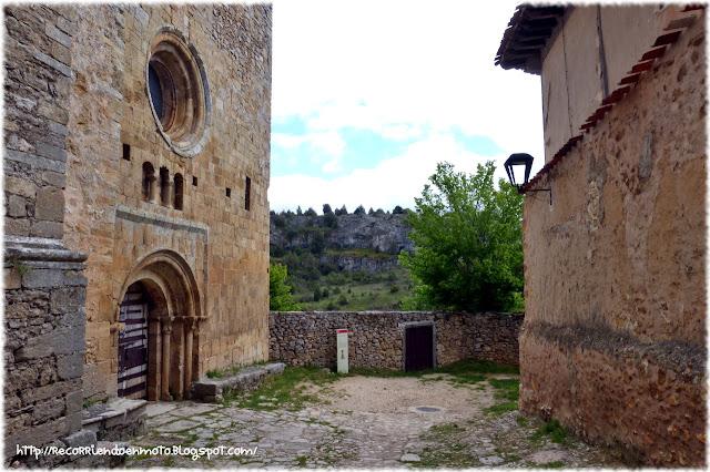 Portada iglesia del Castillo, Calatañazor