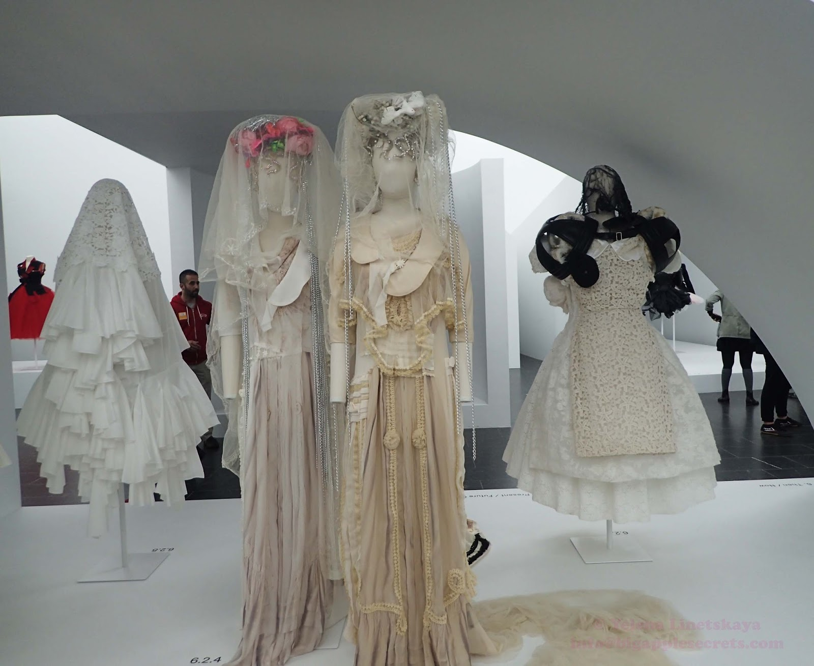 Metropolitan museum fashion exhibit 73