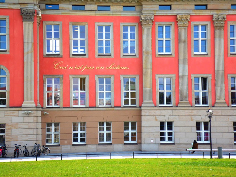 photo of the Landtag Potsdam by Andie Gilmour