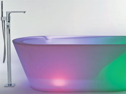 DECORAÇÃO DE BANHEIROS Decoração de banheiro -> Decoracao De Banheiro Com Banheira De Canto