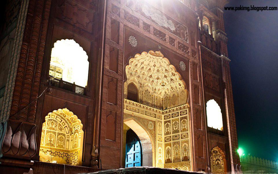 Badshahi Masjid Door #Lahore & Rare Colour Pictures | Pakistanu0027s CultureArt and Histroy pezcame.com