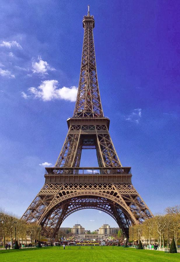 World visits tours the eiffel tower famous symbol paris for Design hotel eifel