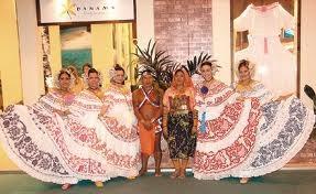el folklor y lo autóctono de las regiones de las provincias de la