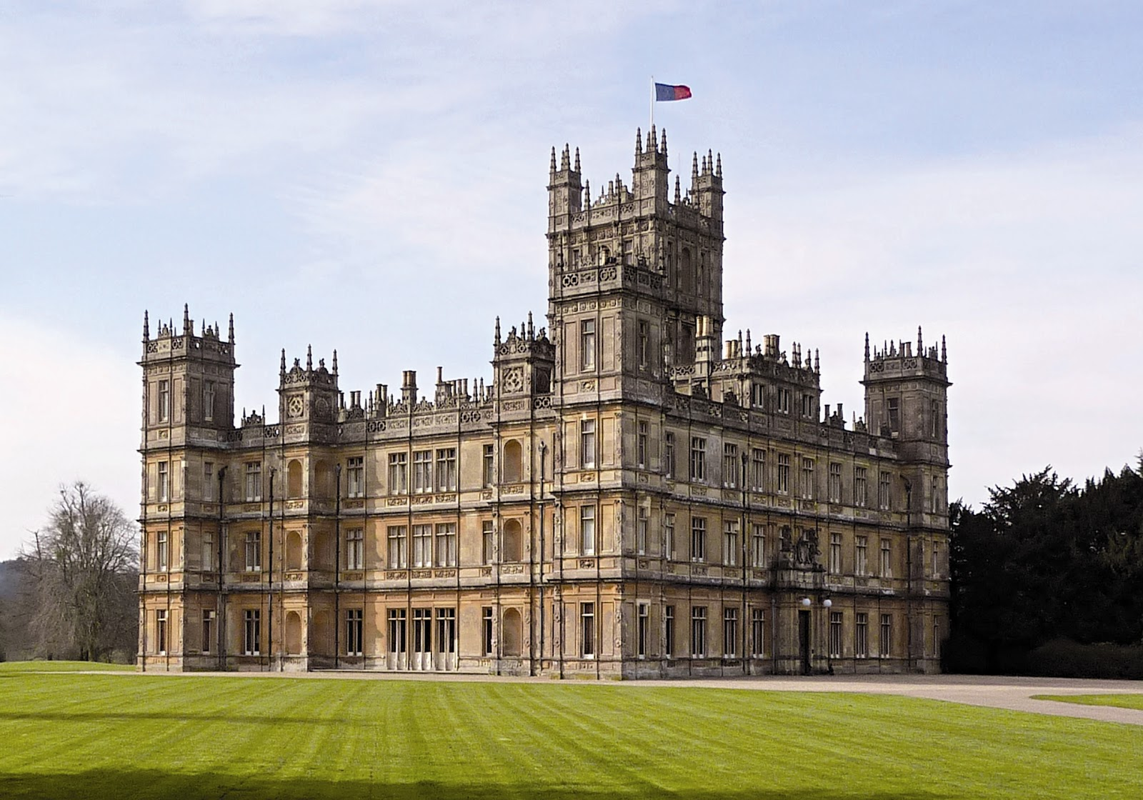 Urban mums london london mums and children highclere castle - Chateau downton abbey ...