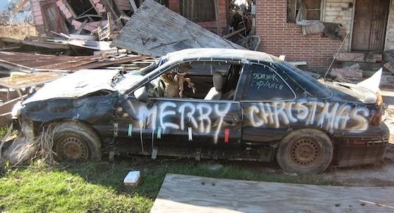 Foto Mobil Lucu Bertema Natal atau XMas