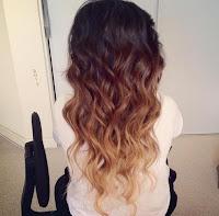 Осветлённые кончики волос фото