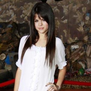 selenae gomez-beautiful