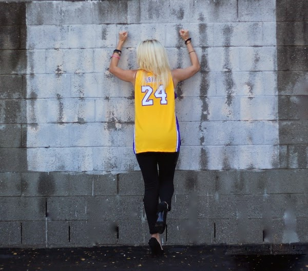 Anne-Cohen-LA-Lakers-love