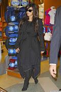 Kila wakati mama mtarajiwa Kim Kardashian hujitokeza kwa umma huku akiwa .