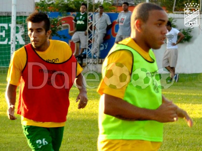 Oriente Petrolero - Ricky Añez - Thiago Dos Santos - DaleOoo.com web del Club Oriente Petrolero