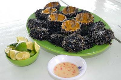 Top 10 món ăn độc và dị