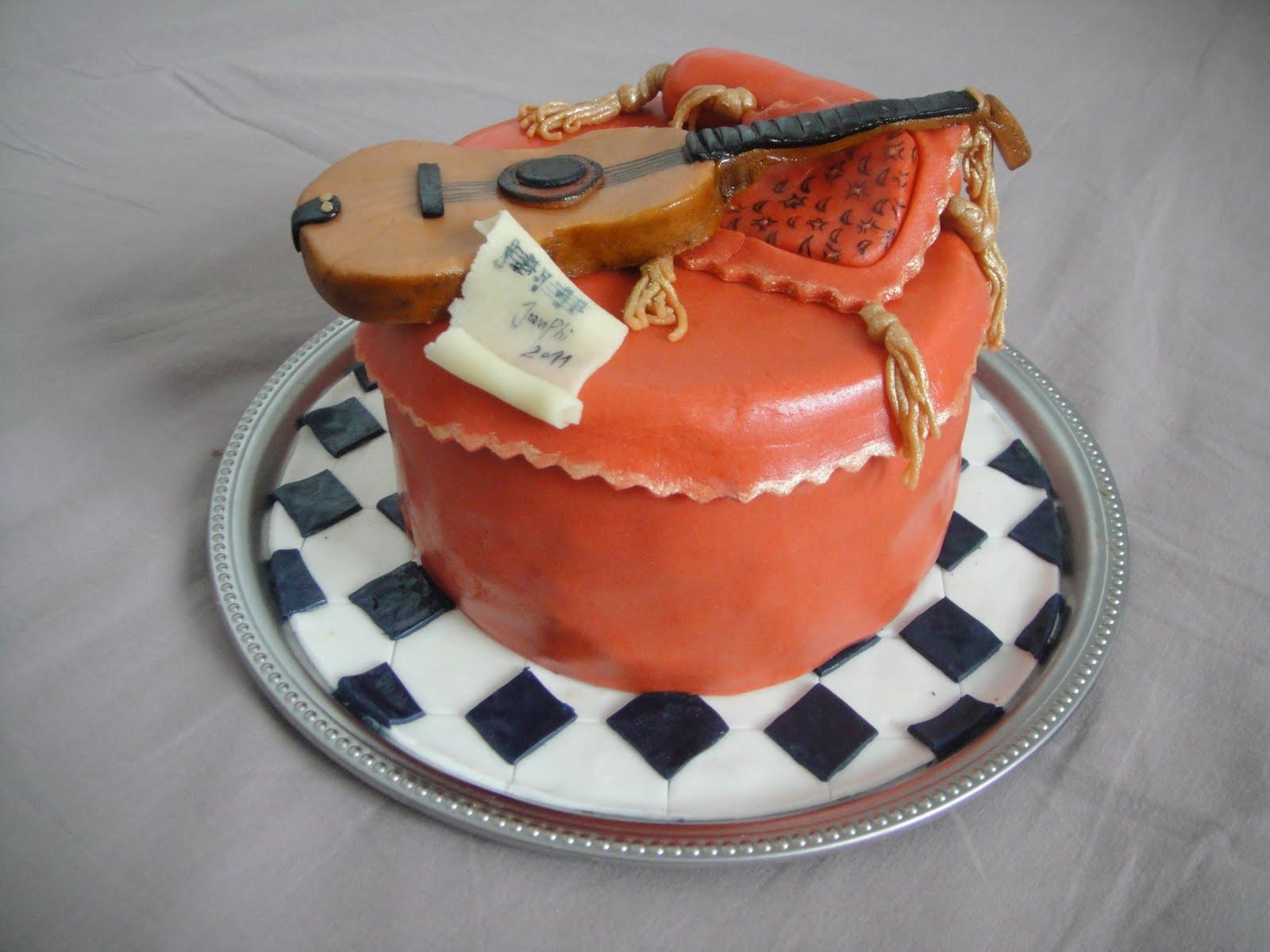 Bien-aimé Tessons et macarons: Gâteau guitare RZ48