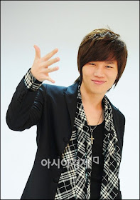 : : K.Will : :
