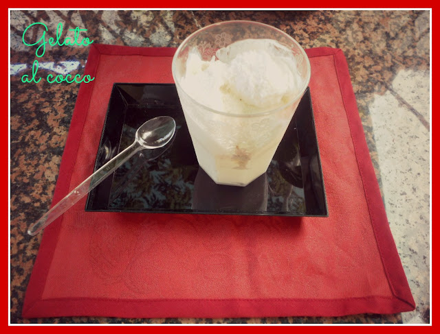 coconut ice cream --- gelato al cocco