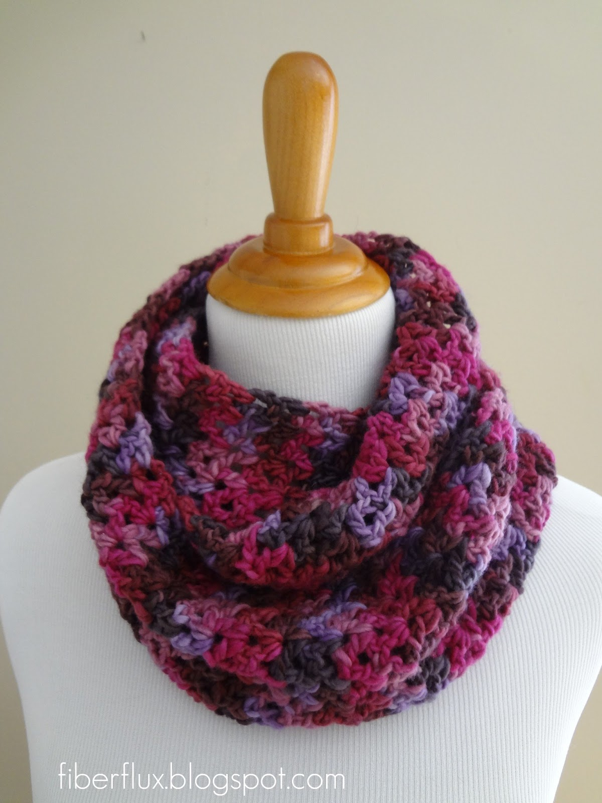 Free Patterns To And Crochet Infinity Scarf : Fiber Flux: Free Crochet Pattern...Gelato Infinity Scarf