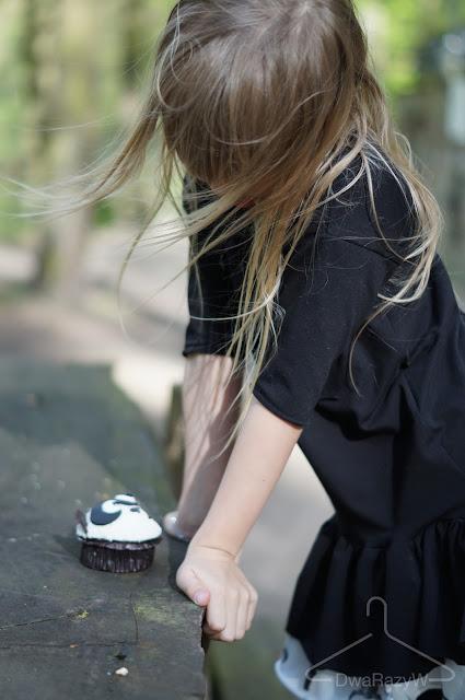 sukienka booso SS2015 buty Anniel szachownica biżuteria dla dzieci Apart muffina cup&cake