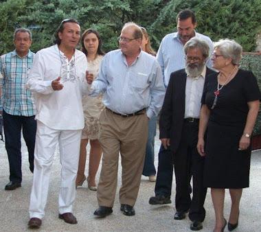 Llegada del Embajador Bernardo Álvarez y el cuerpo diplomático