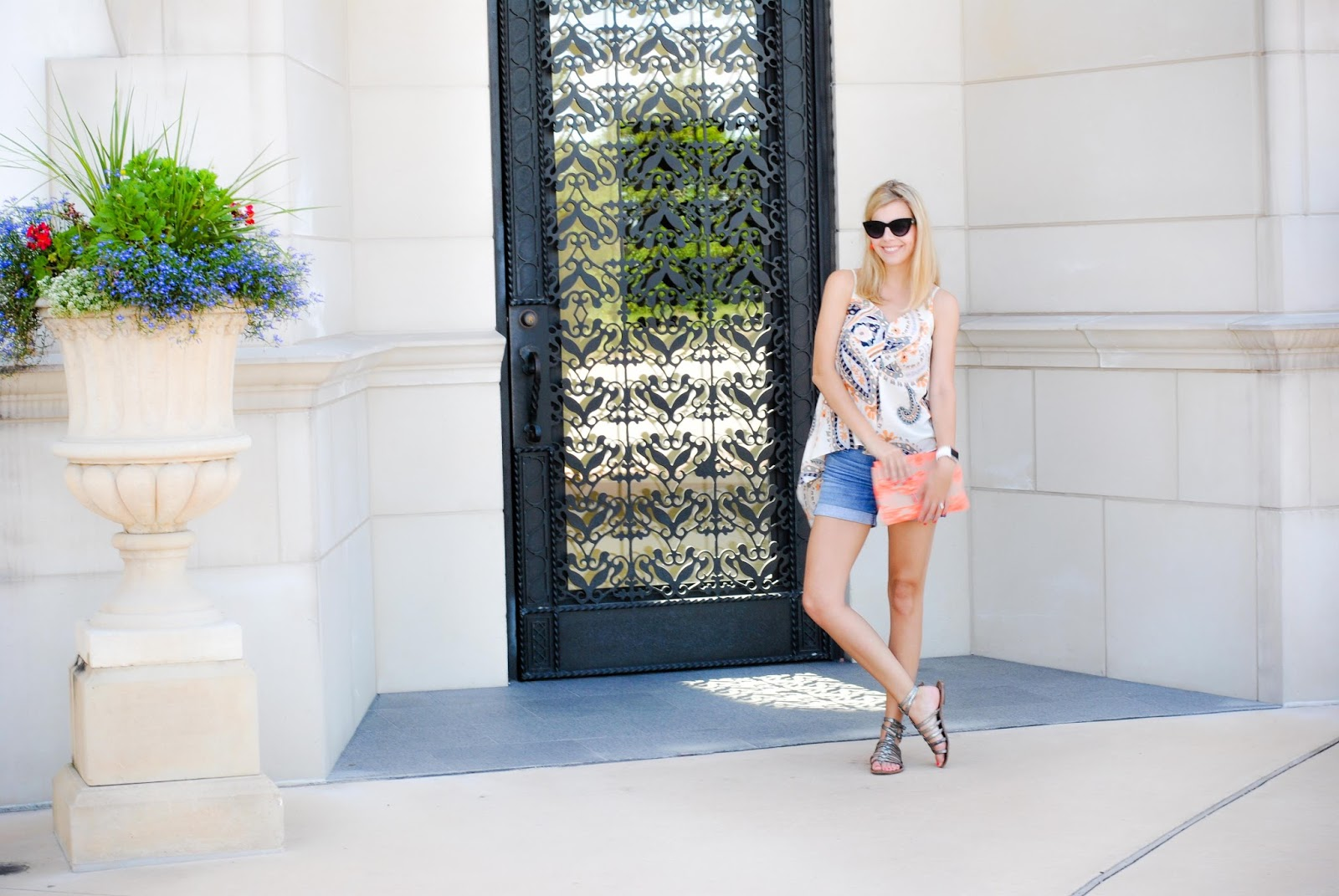 Austin Fashion Blogger- The Chic Burrow