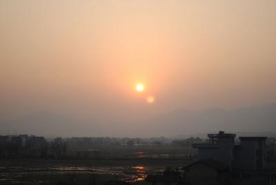 два солнца в Китае