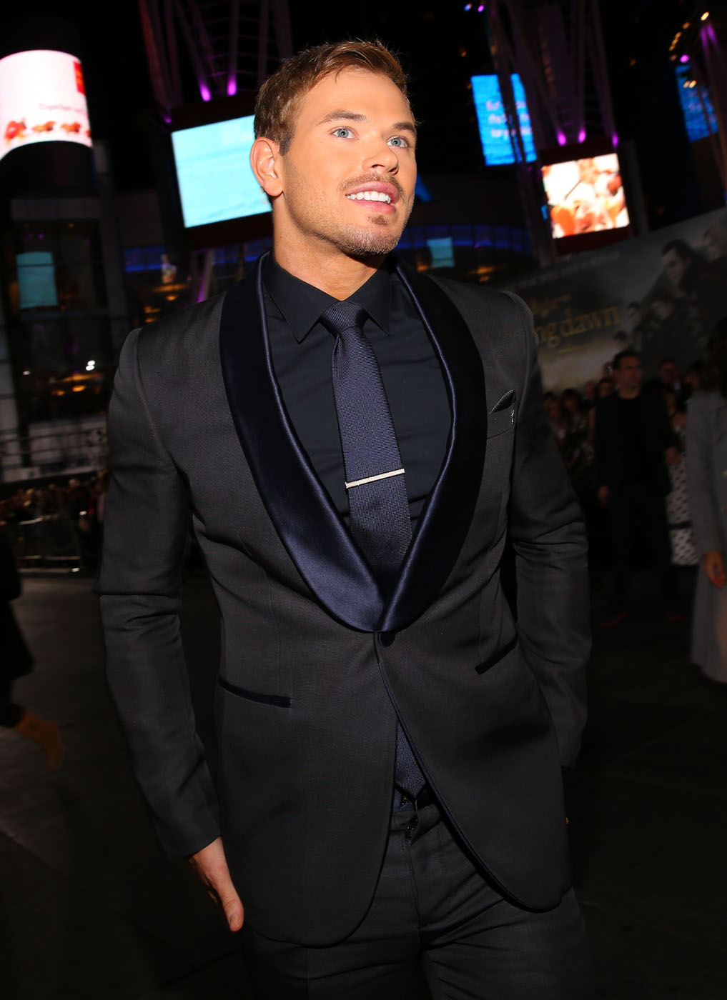 Kellan Lutz and Taylor Lautner Looked Extra Dapper On ...