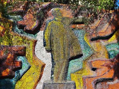 kyrgyz monumental art mosaics, kyrgyztsan art tours,