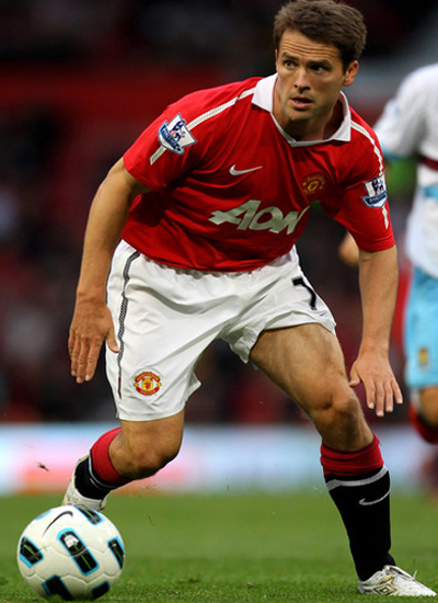 Michael Owen's future contract career with Manchester United?