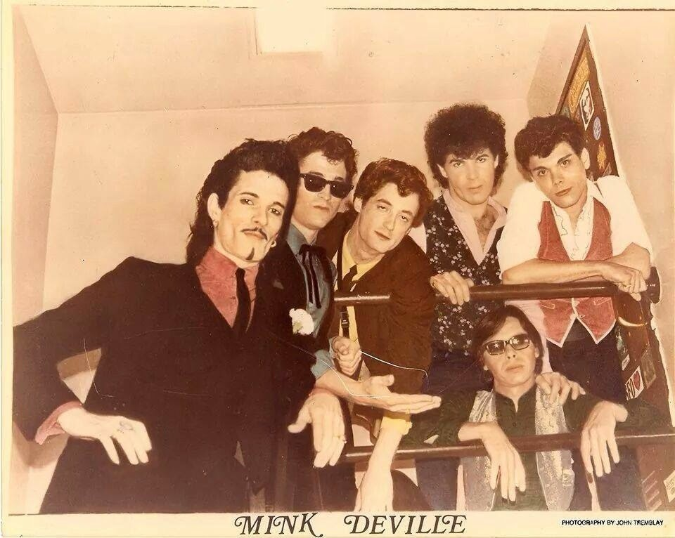 mink deville mixed up shook up Candle lit, and my eyes are slits jumpin' now, paper clip make a move, sail a ship tap it in, tap it in, ruby lips she's a mixed up, shook up girl got me so strung.
