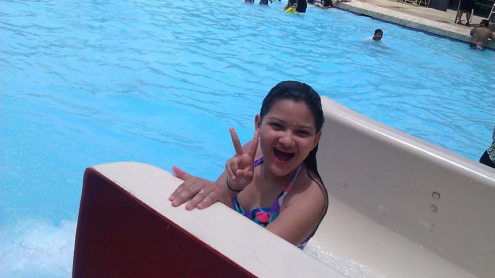 Aprendizaje divertido disfrutando el verano en la piscina for Follando el la piscina