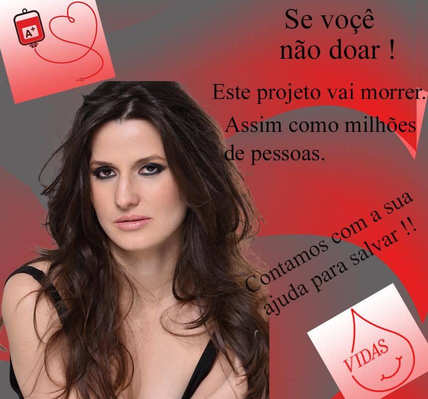 A modelo/atriz lança um calendário sensual em prol de salvar vidas doando sangue ou algo semelhante