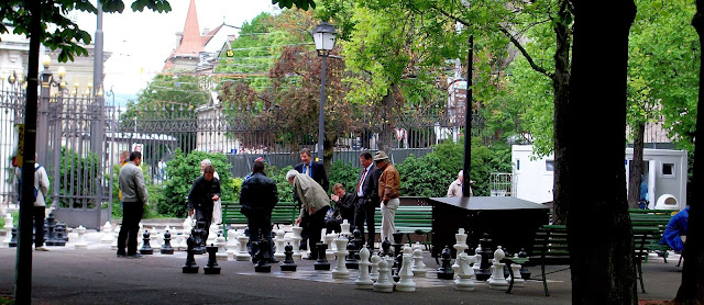 best thing to do in geneva parc des bastions chess