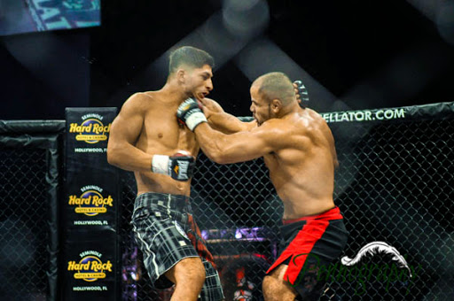Bellator 21 Frank Carrillo defeats Sabah Homasi at Seminole Hard Rock Hotel & Casino in Hollywood, Florida on June 10, 2010. Photo: Jeremy Penn / Pennography  NIKON D90 82 1/320, 2.8, 1000