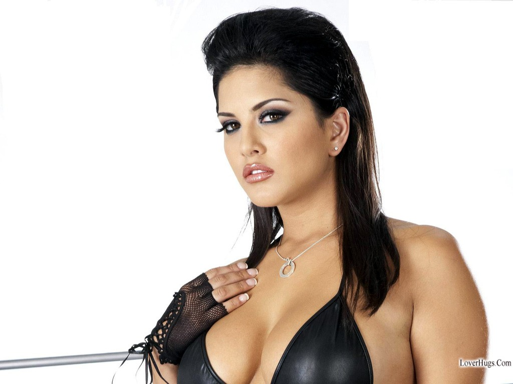 Hot Actress Photos: Sunny Leone HD Wallpapers
