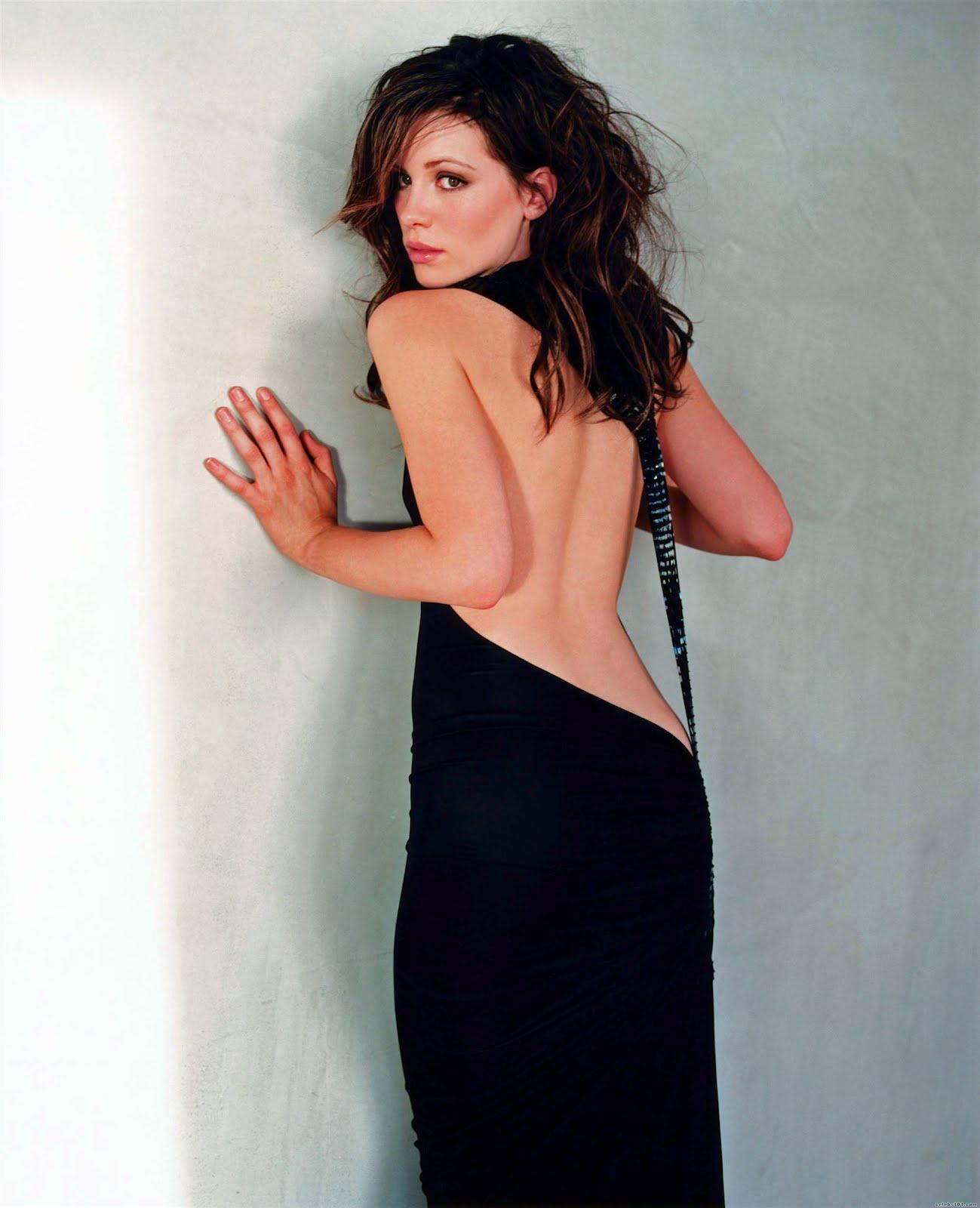 http://1.bp.blogspot.com/-anYbHbbXDOo/Txb90hSW1oI/AAAAAAAAAkU/XHKcuS8fmPo/s1600/Kate-Beckinsale-Black-Dress-hot-2012-02.jpg