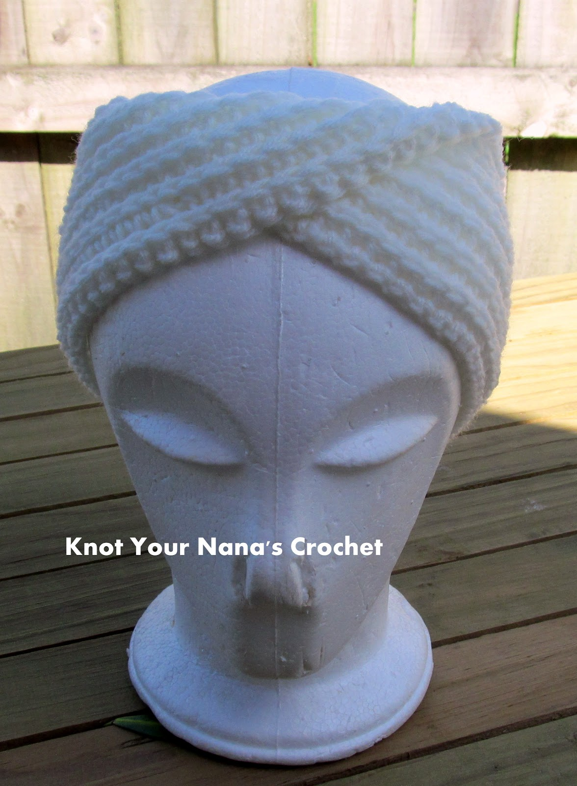 Knot Your Nana\'s Crochet: Camel Stitch Ear Warmer (knit look)
