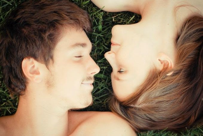 Variasi Ciuman untuk Hadirkan Bercinta yang Dahsyat