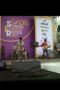 LIVEUSED live at Gadis School Fashion 2011