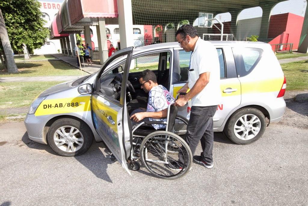 Detran RJ oferece curso de habilitação a portadores de necessidades especiais