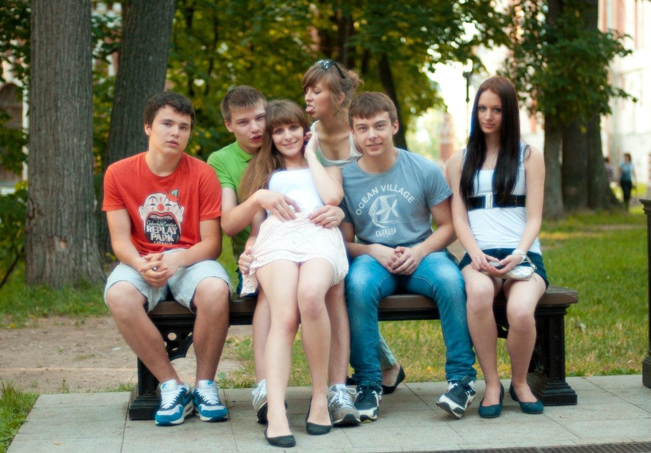 Фото подруга целует ноги подруге 22 фотография