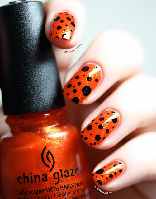 Manicurity | Glam Halloween Dotticure with China Glaze Riveting